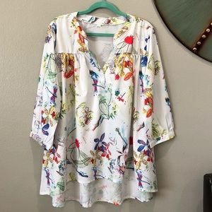 Boutique Floral Dragonfly Top